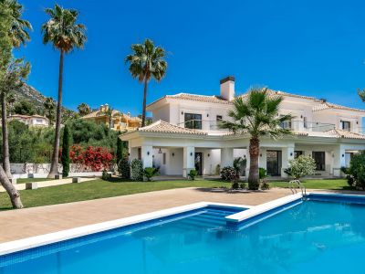 Recently built Villa in a prime location in Sierra Blanca