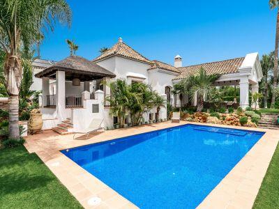 Herrliche Villa direkt am Golfplatz, Mirador del Paraiso