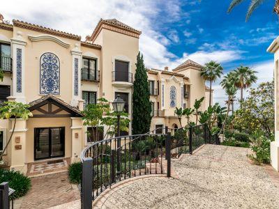 Luxuriöses, geräumiges Apartment mit Meerblick