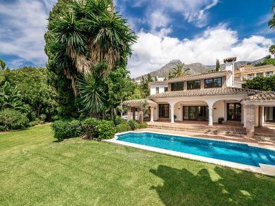 Unmöblierte Villa in Marbella Hill Club
