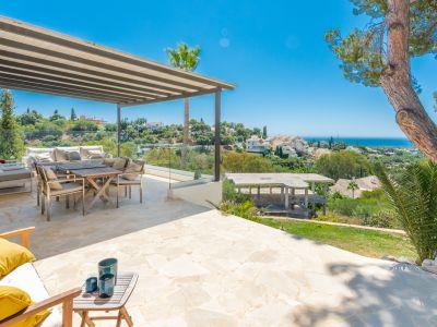 Villa estilo moderno con vista panoramica al mar