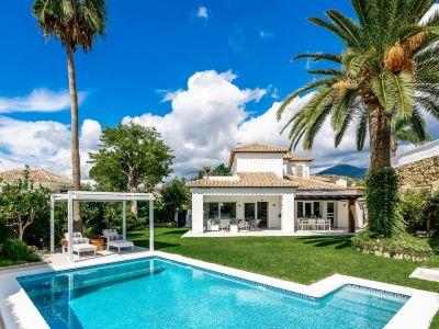 Atemberaubende Villa am Golfplatz Los Naranjos