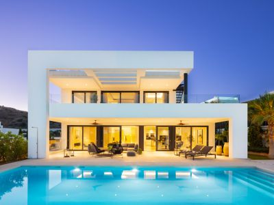 Exklusive Villa in Nueva Andalucía Heights