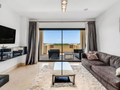 Apartamento de lujo en Capanes del Golf, Benahavis