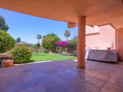 Unmöblierte Wohnung in Magna Marbella