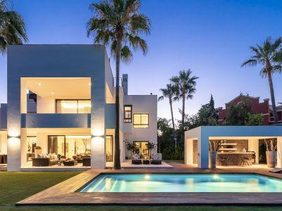 Stunning villa in Altos de Puente Romano