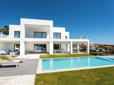 Villa in erster Golflinie mit Panoramameer- und Bergblick, La Alquería
