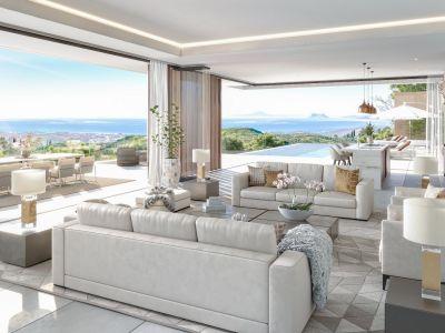 Exquisite villa with Golf, Lake and Sea Views in Real de La Quinta