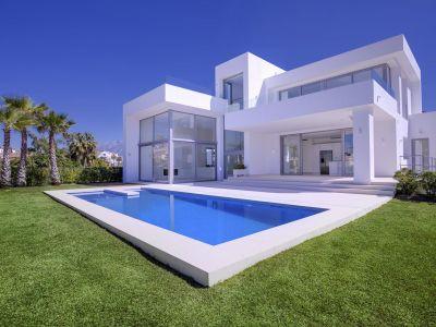 Villa à vendre dans Los Arqueros, Benahavis