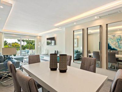 Luxury frontline apartment in Los Granados Golf