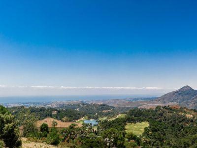 Erstaunliches Grundstück mit Panoramablick auf das Meer und den Golf in La Zagaleta