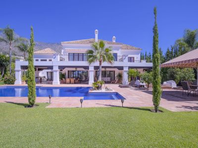 Beautiful family home in Sierra Blanca