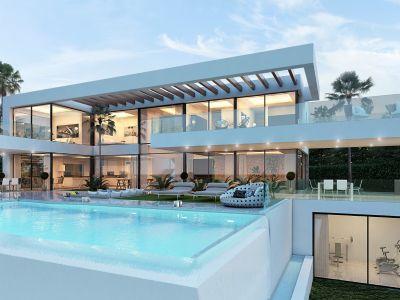 Villa moderna única con vistas panorámicas al mar y al golf, La Quinta