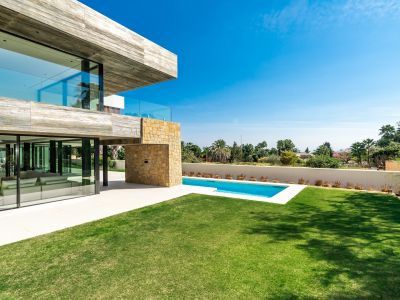 Neu gebaute Villa in Nagüeles