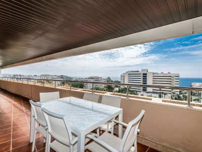 Fantastic penthouse 3 min to the sea promenade