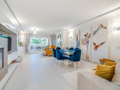 Exclusivo y sofisticado apartamento en Guadalmina Baja