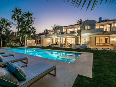 Just completed - Absolutely stunning Villa in Sierra Blanca