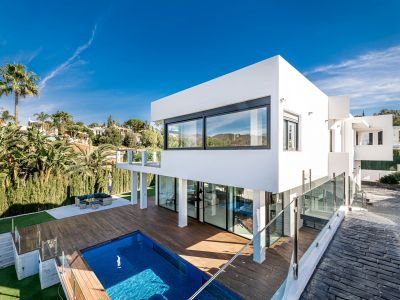 Modern villa with elevator and indoor pool
