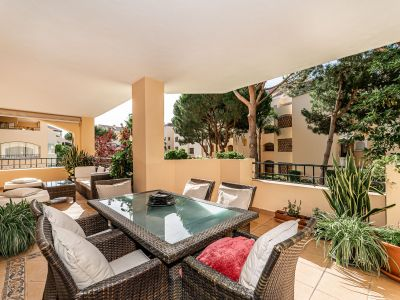 Lovely 2 bedroom beachside apartment in Hacienda Playa Elviria Marbella