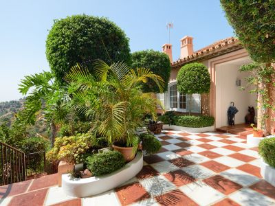 Classical style villa with beautiful views in El Madroñal