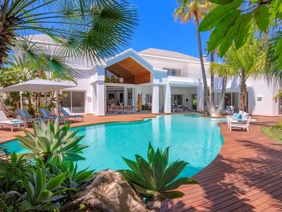 Villa de estilo Miami en Guadalmina Baja