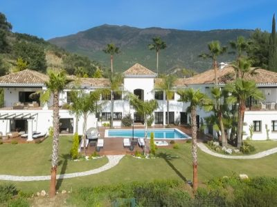 Classic villa with panoramic views in La Zagaleta