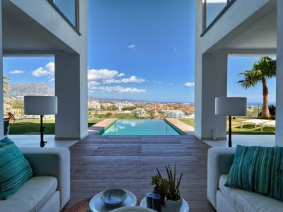 Contemporary frontline golf villa, La Alqueria