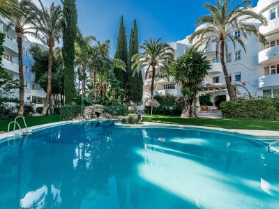 Penthouse in Marbella Real, walking to the beach