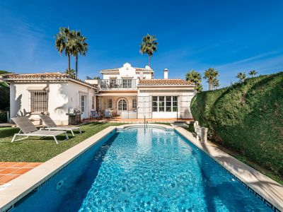 Fabulous 4 bedroom villa with sea views