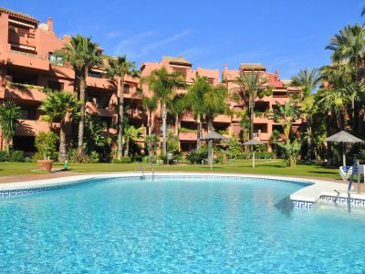 Bright apartment in Alicate Playa a gated complex on the beach in Marbella