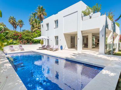 Magnifica villa moderna junto a la playa, San Pedro Alcántara