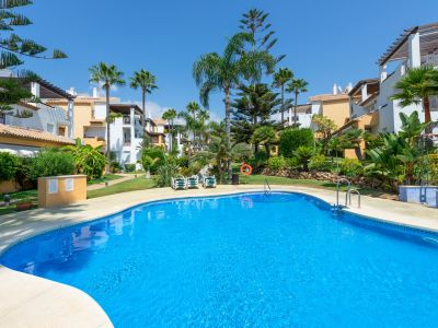 Apartment with private garden in Bahia de Marbella only meters from the beach