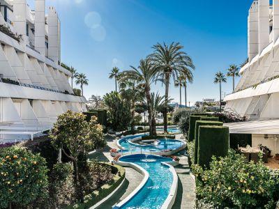 Duplex in Strandlage in der besten Gegend von Marbella
