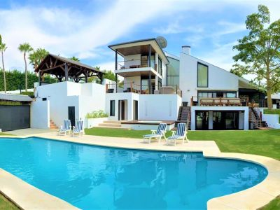 Fabulous modern luxury villa in Nueva Andalucia