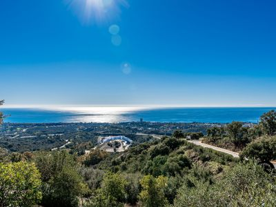 Spacious apartment with panoramic views in Los Monteros Hill Club Marbella