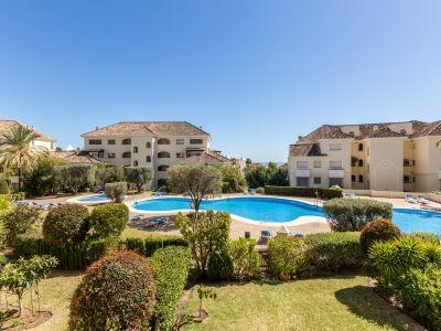 Immaculate beachside apartment in Bahia de Marbella