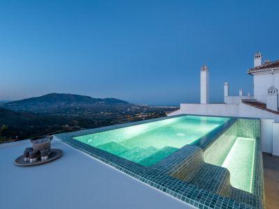 Exquisite moderne Häuser mit Panoramablick