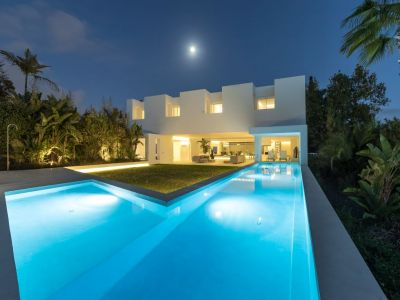 Spektakuläre Designervilla in Guadalmina