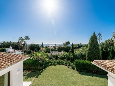 Modern villa with sea views in Los Monteros Marbella