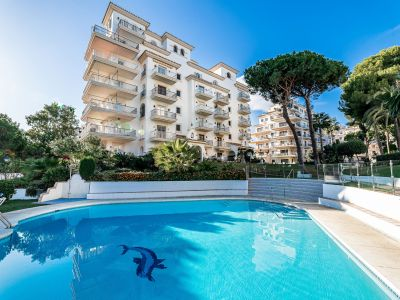 A Dream Location Packed With Potential, Apartment Puerto Banús