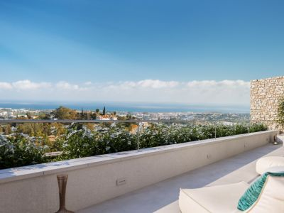 Exclusive first floor apartment in the exquisite Grand View development