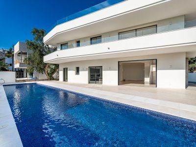 Contemporary New Build Villa on the Beachside Golden Mile