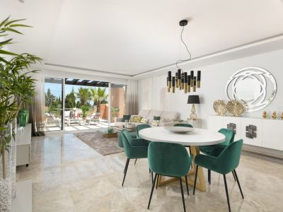 Stunning newly built apartment with sea views, Alminar de Marbella