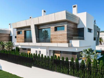 Nouvelles villas au bord de la mer, Puerto Banús