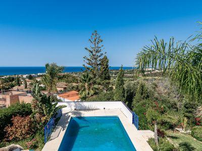Villa with sea views in El Rosario Marbella