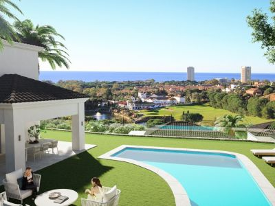 Villa moderna con vistas al mar en Elviria