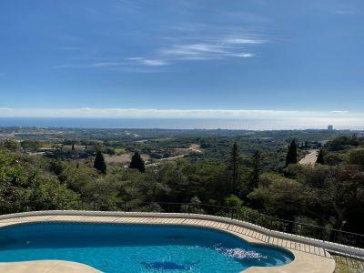 Proyecto de reforma para villa con vistas panorámicas en Altos de Los Monteros Marbella