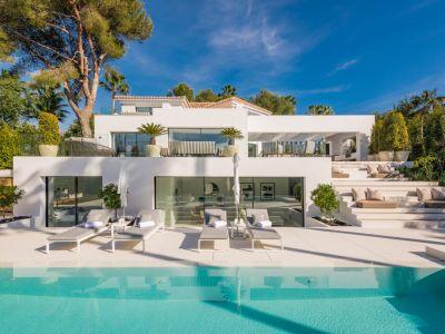Outstanding designer villa in prime location Las Brisas Golf