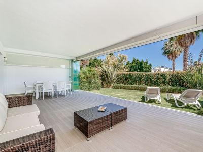 Stunning and Bright Beachside Apartment, San Pedro Alcántara