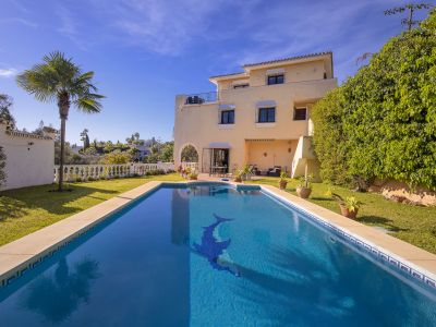Villa with sea views in El Rosario Marbella